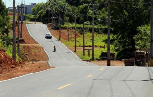 A rua que liga o Aeroporto, Bom Pastor e Novo Mundo foi uma das via asfaltadas pela Prefeitura
