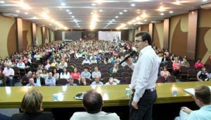 Prefeito Cantelmo neto abriu a conferência que formulou o Plano de Educação, na quinta-feira