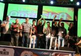 Scirea e Neto entregam a premiação aos vencedores do gênero Composição: Juliano de Souza Felipe Lara e banda Tiregrito