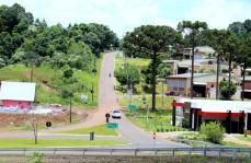 O trecho de cerca de 2 km que liga a trincheira do São Miguel até a UTFPR e Colégio Agrícola será revitalizado pela Prefeitura e ganhará espaço para ciclista e pedestres