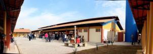 Complexo tem vários blocos de salas, laboratórios, biblioteca, ala administrativa, refeitório e ginásio em mais de 2 mil m2 de área construída