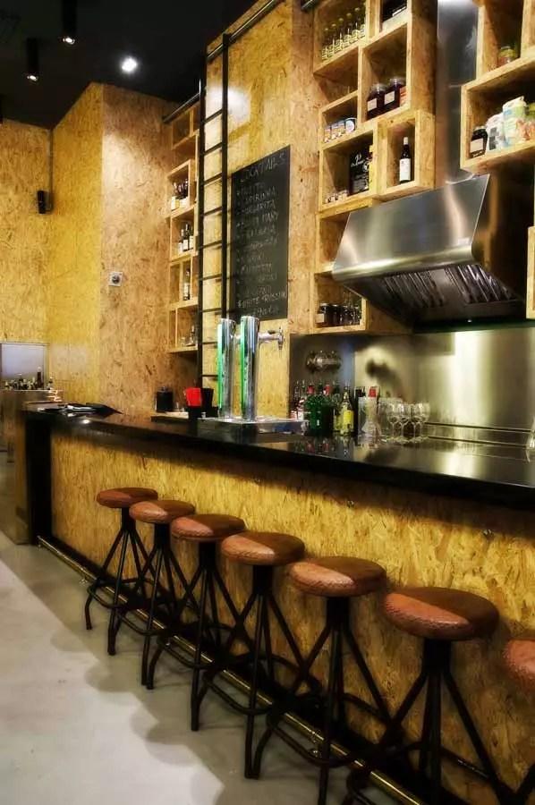 Muebles vintage en proyecto decoracion restaurante ViCool