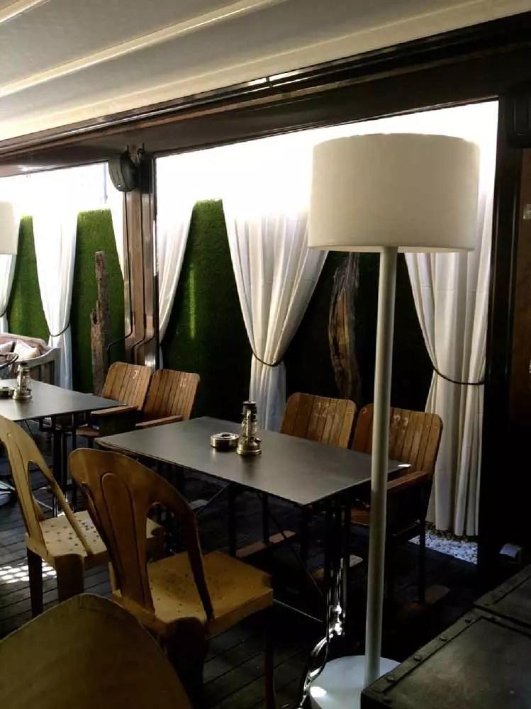 Diseo decoracin interiores terraza restaurante La Misin