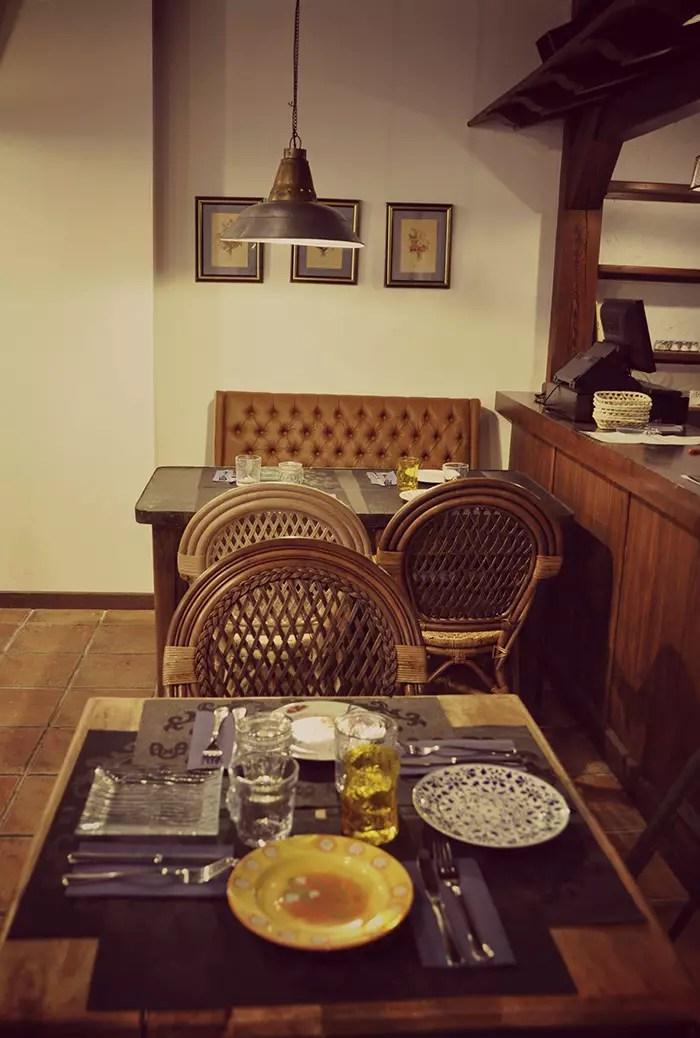 Mobiliario vintage en la reforma del restaurante La Posada