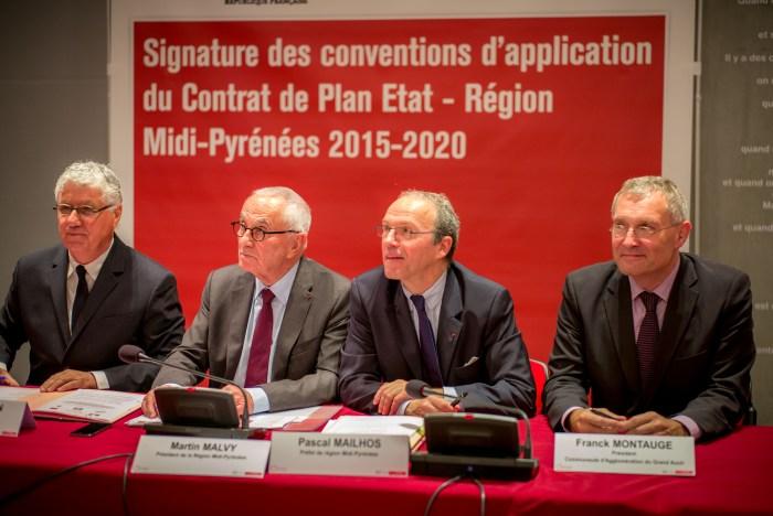 Franck Montaugé et Philippe Martin autour du président de la Région Martin Malvy et du préfet de région Pascal Mailhos. ©franckmontauge.fr