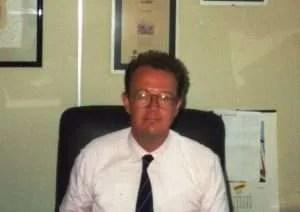 Inizi anni 90 - Eccomi come dirigente commerciale indaffarato.