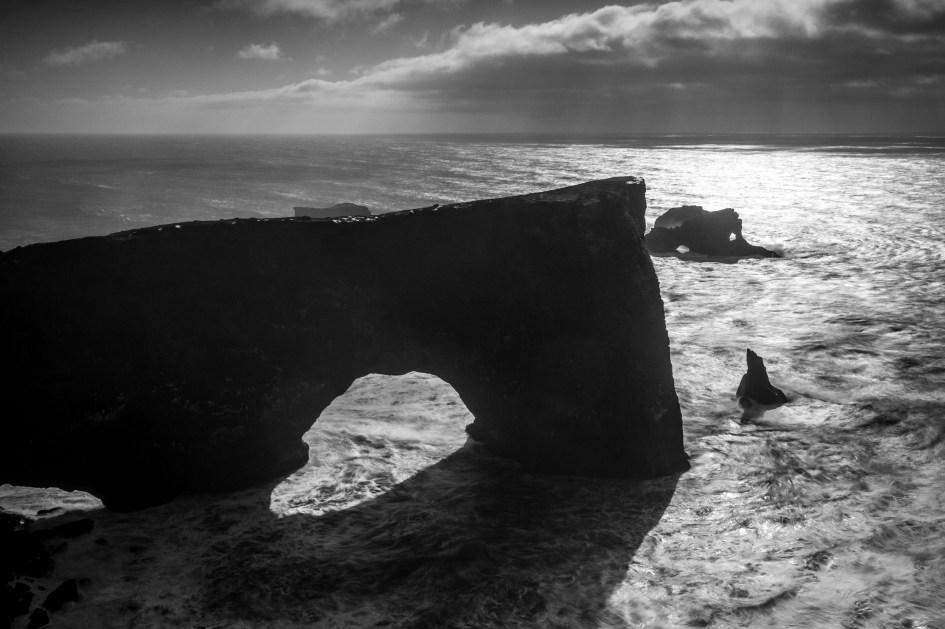 La péninsule de Dyrhólaey et sa double arche
