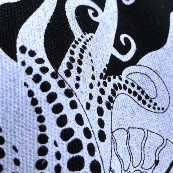 Pangaea Beutel Tentakel Detail