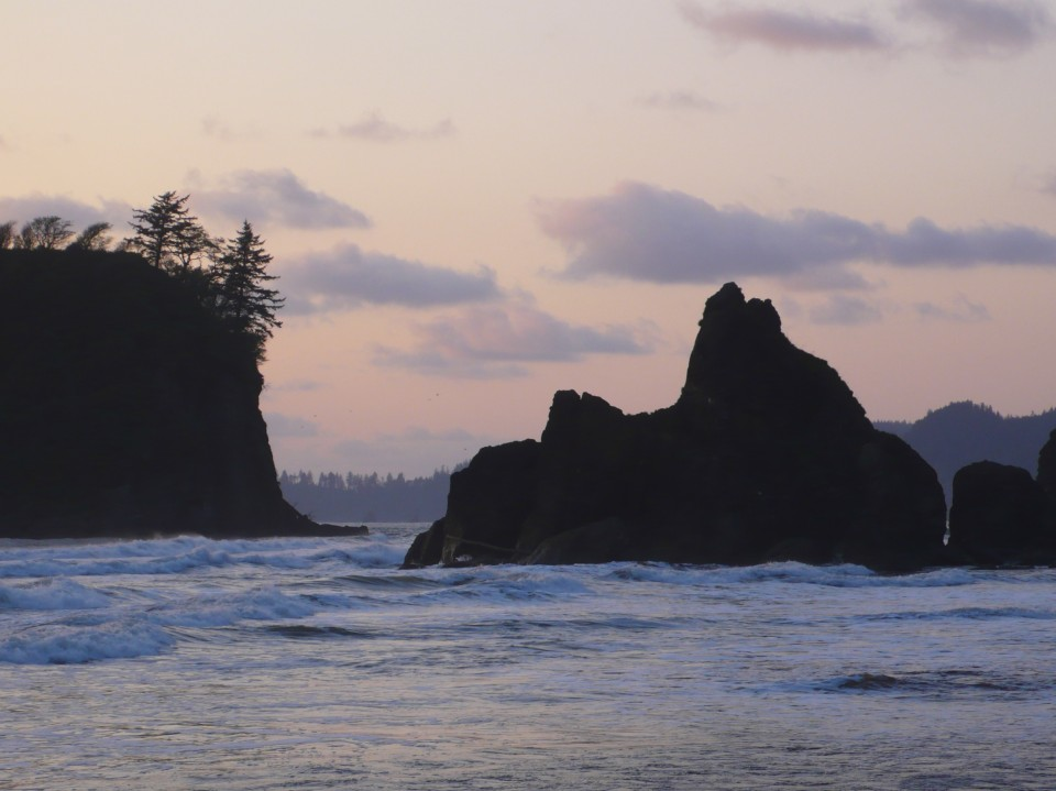 Seastacks at Ruby Beach