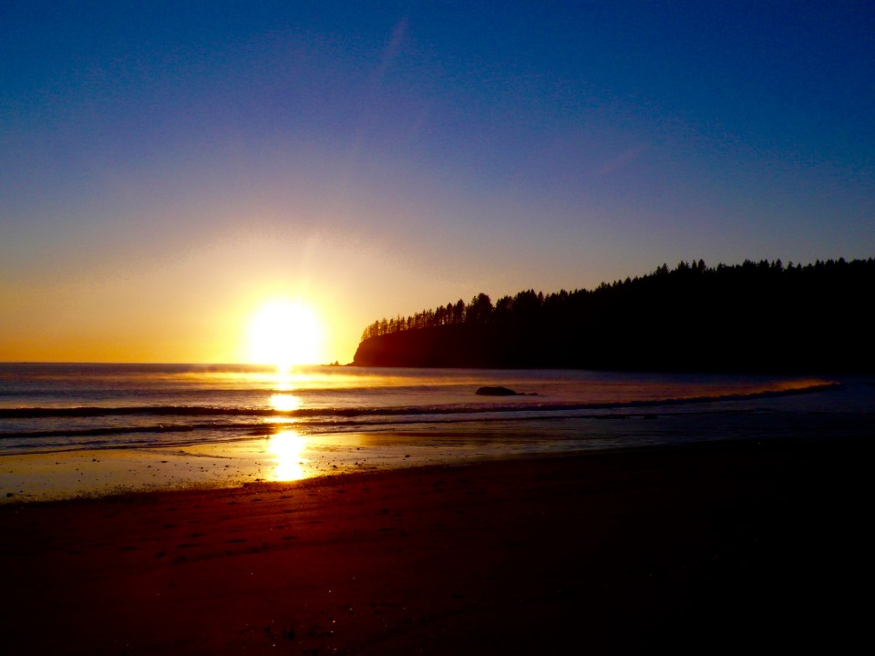Sunset in La Push, Washington on Thanksgiving Day.