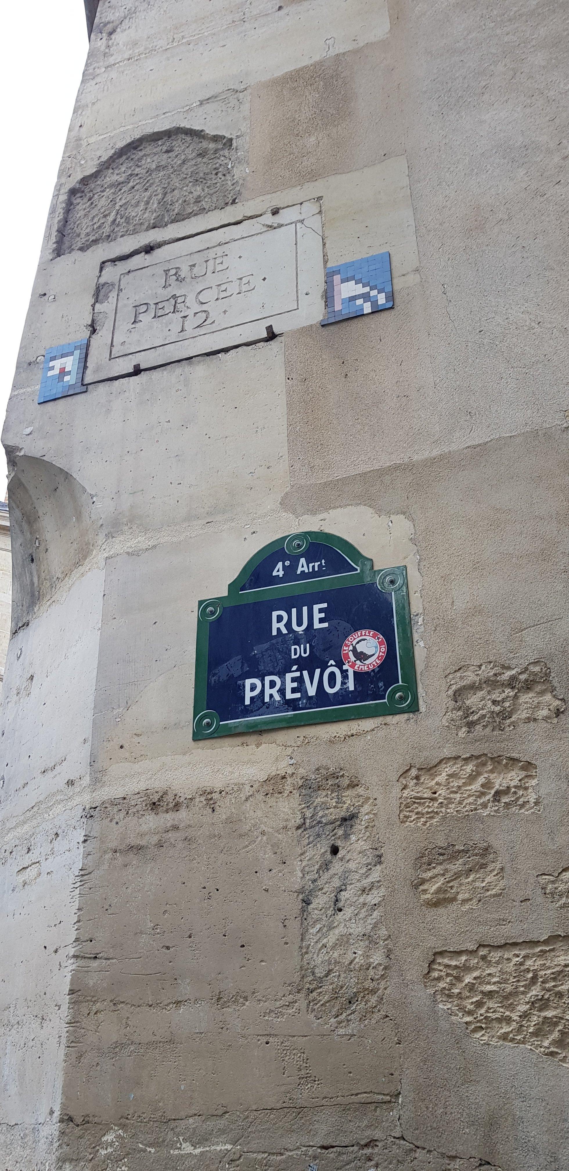 Photo on rue du prevot showing its plaque