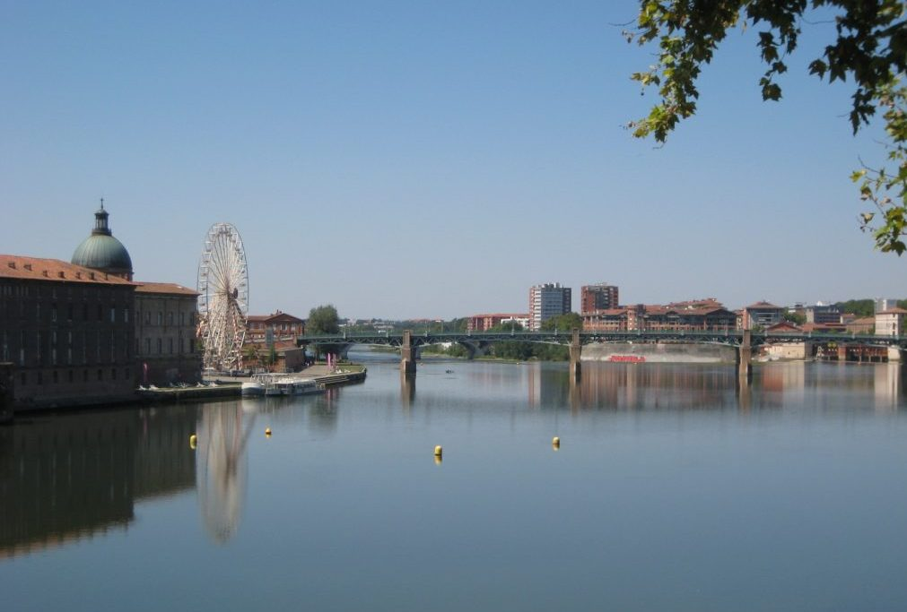The Garonne river from Pont Neuf in Toulouse