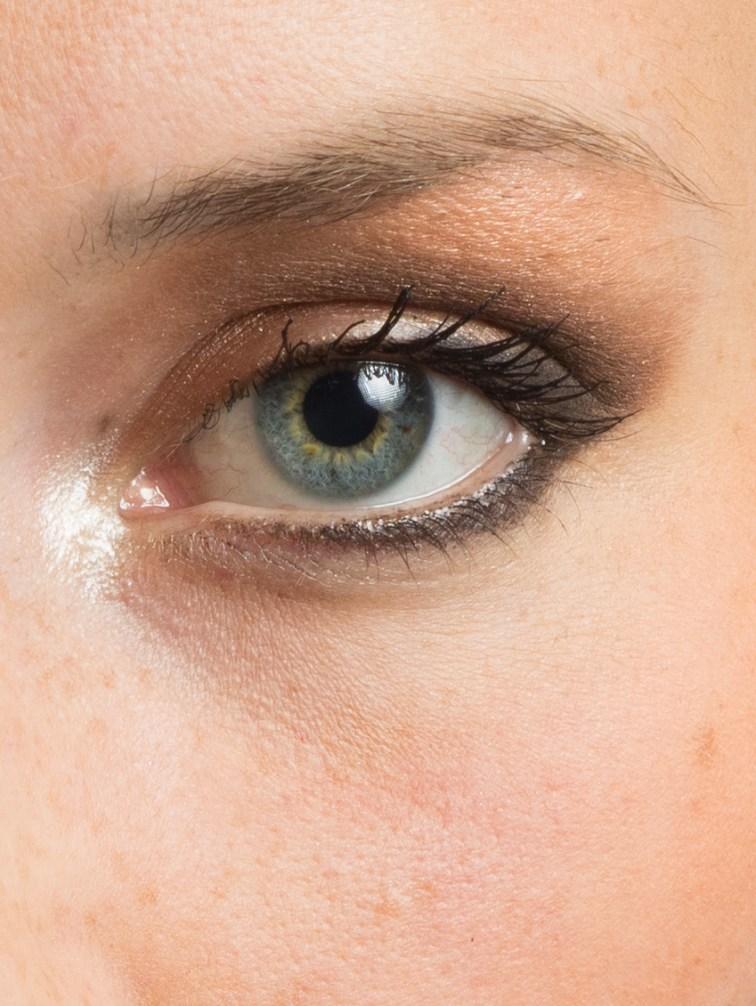 Lr Crop eye
