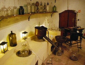 alchemist_lab