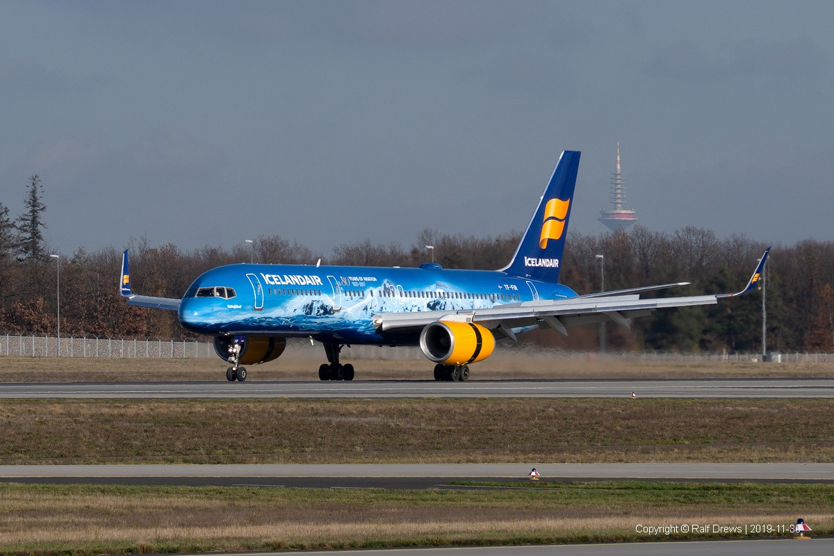 TF-FIR Icelandair Boeing 757-256 (ln 593)