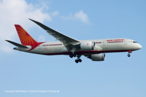 VT-ANJ Air India Boeing 787-8 Dreamliner (36281 / 54)