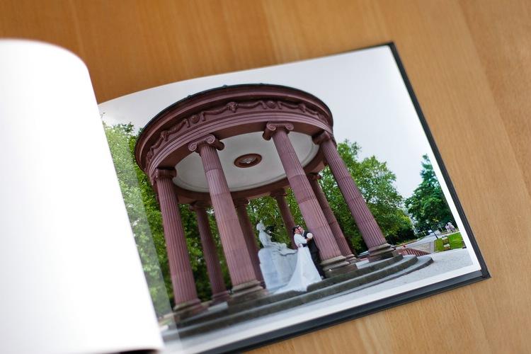 Hochzeitsalbum vom Hochzeitsfotograf erstellen lassen