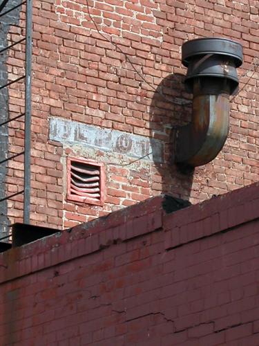 Kahlo Depot - Greenpoint, Brooklyn