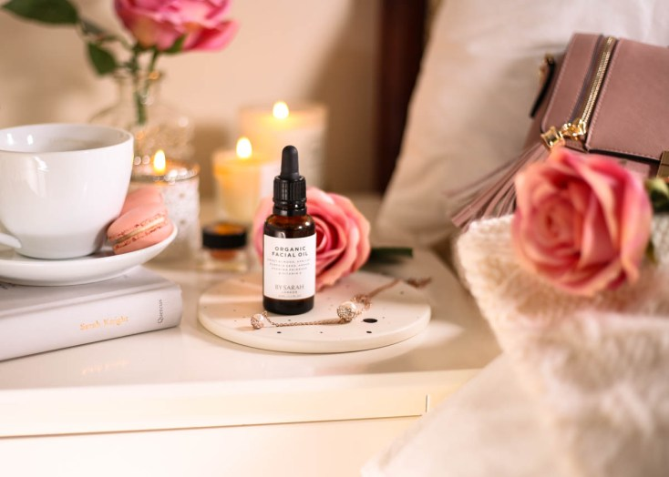 Blog Photography | How to Be More Creative With Your Photos | feat By Sarah London Organic Facial Oil
