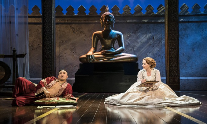 Annalene Beechey (Anna) and Jose Llana (The King) in THE KING AND I UK Tour