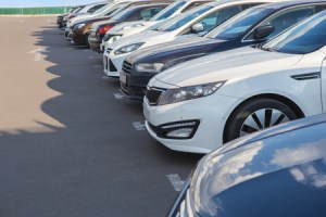 Electric Cars vs. Plug-in Hybrid Cars: The Differences