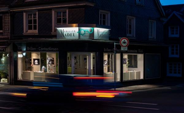 Fotoausstellung der Serie Refraktion bei Brillen Madel in Wuppertal-Cronenberg