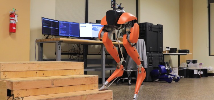 Robot that Uses Dynamic Planning for Climbing Stairs