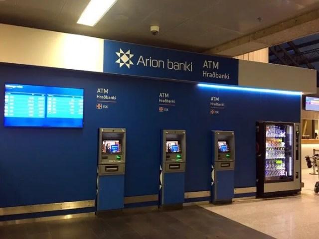 ATMs at KEF airport