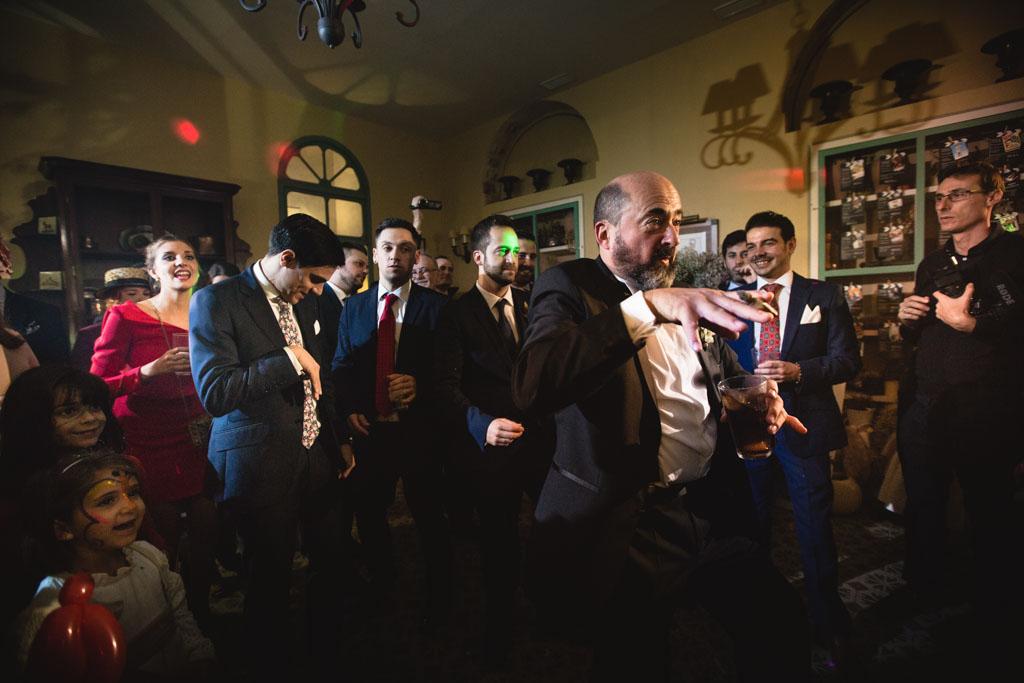Boda en San Nicolas y El Capricho, baile padre del novio