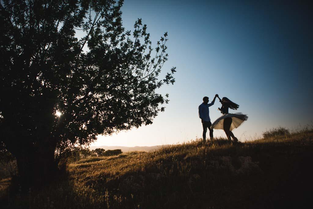 ¿Cómo es una sesión de fotos de pareja en primavera?