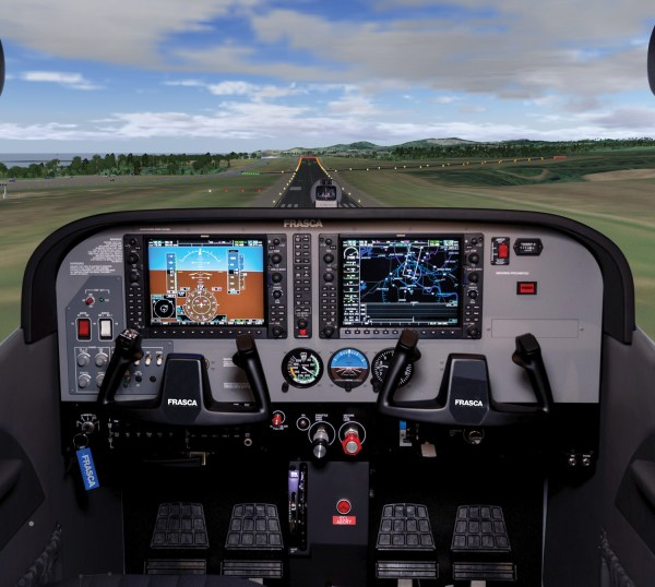 Cessna 172 Cockpit - Year of Clean Water