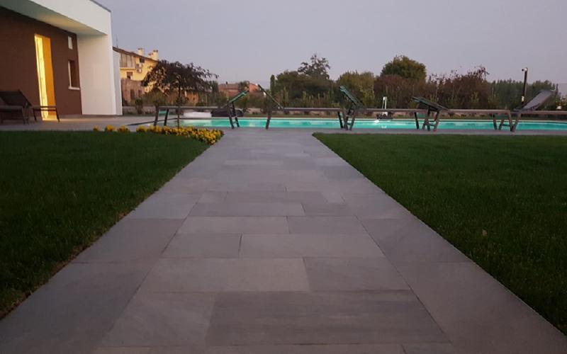 Piastrelle per pavimenti esterni  Fratelli Pellizzari