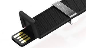 Alcatel OnetouchWatch e il comodo USB per ricaricare