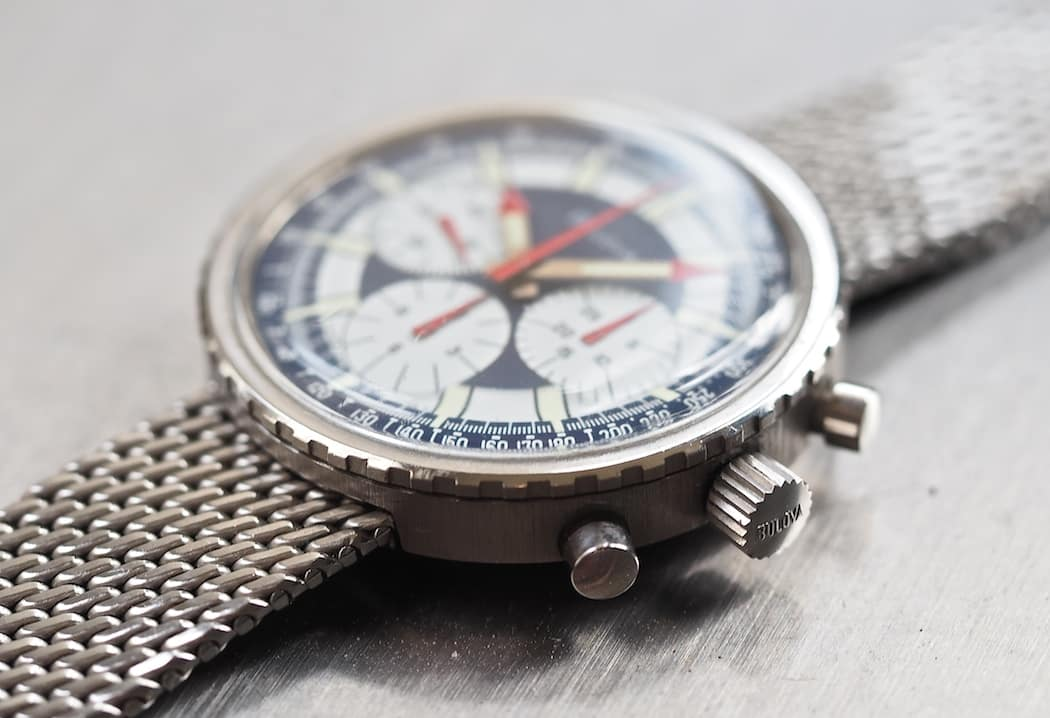 The Bulova Stars and Stripes from the side is a slim watch with a bezel that looks as if it should turn - it doesn't