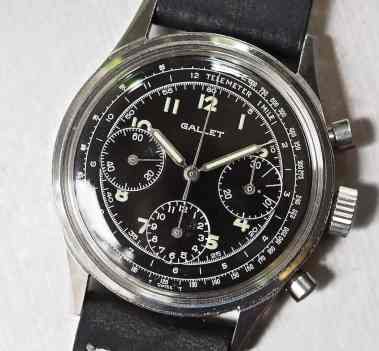 On the V72 version of the Gallet Multichron 12, the sub registers slightly overhang the minutes scale