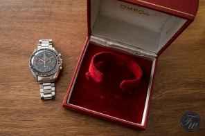 omega-speedmaster-105-012-66-red-racing-08460