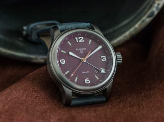 pinion-tt-maroon-titanium-gmt-watch-004