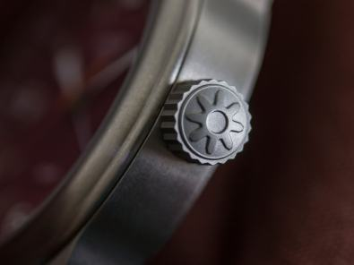 pinion-tt-maroon-titanium-gmt-watch-005