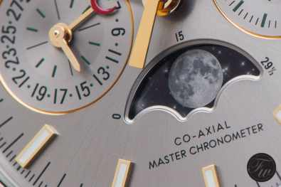 Omega-Speedmaster-Moonphase1012
