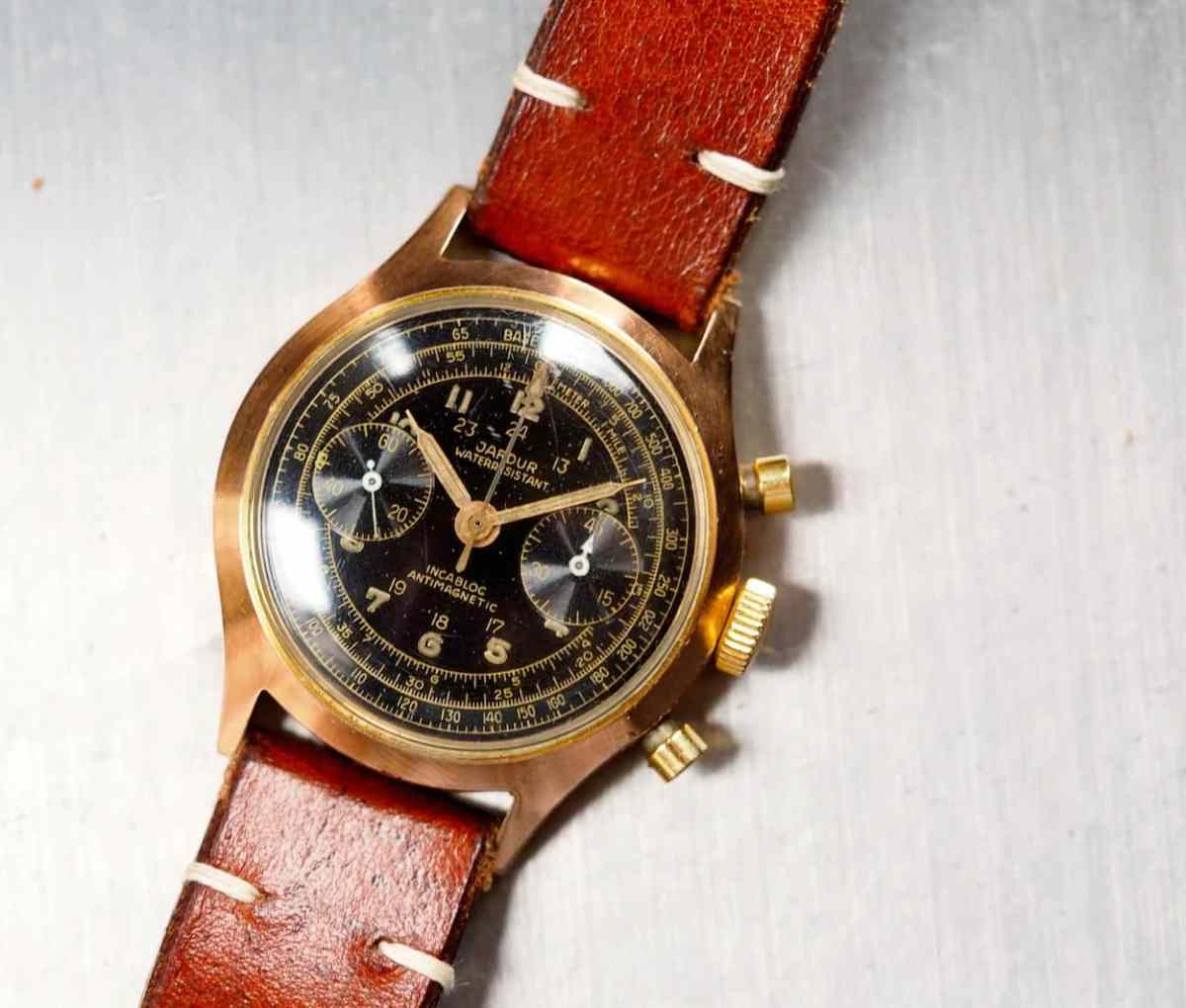 The Jardur 850 is really an attractive chronograph - rose gold plated case and all!
