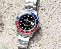 Rolex 16710 GMT-Master II has a matte bracelet