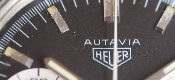 Heuer Autavia 2446 logo close-up