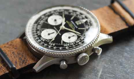 Breitling Navitimer 806 crown and pushers