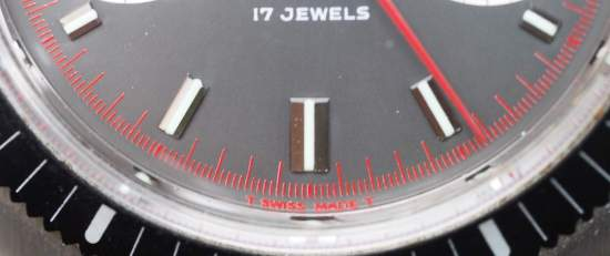 Hamilton Chrono-Diver red minutes track
