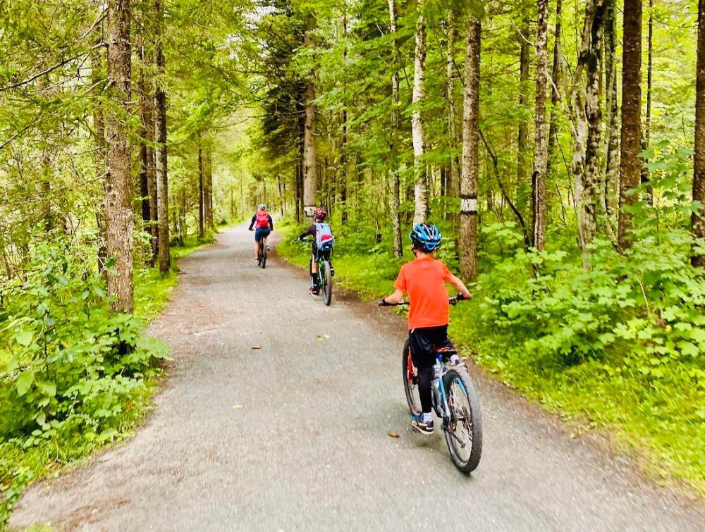Unterwegs mit E-Mountainbikes im Pillerseetal