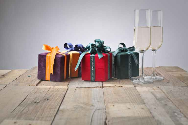 30-Things-Not-to-Give-as-Gifts-to-Your-Loved-ones