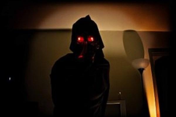 glowing-hooded-eyes