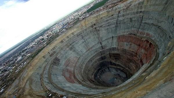 kola-super-deep-borehole
