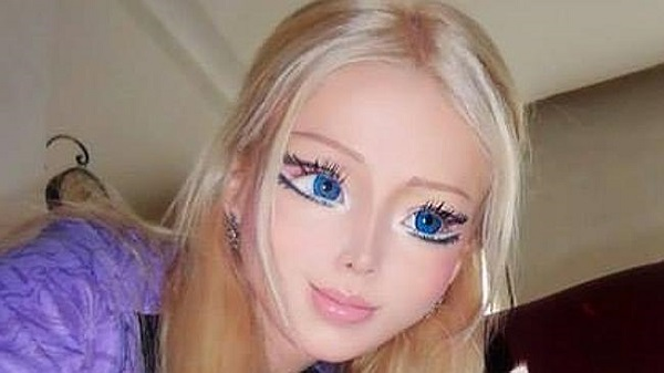 Real life Barbie doll Valeria Lukyanova | Freak Lore