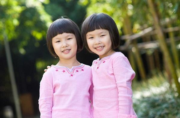 twin asian girls